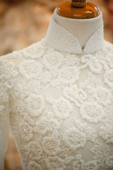 a beautiful wedding ao dai - I'd add more beadwork to make it sparkle though.