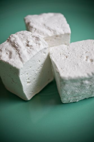 home made marshmallows- need to try this!
