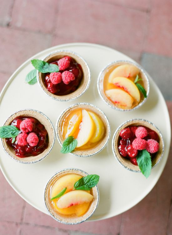 Fresh fruit desserts by Classic Cakes photographed by @Alea Lovely