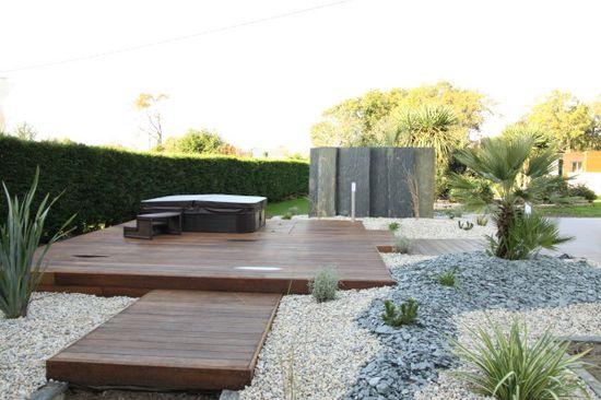 terrasse en bois et jacuzzi arbor mineral paysagiste cr ateur de votre jardin vannes. Black Bedroom Furniture Sets. Home Design Ideas