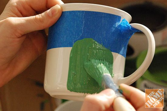 DIY Gift Ideas: Painting the Chalkboard Mugs