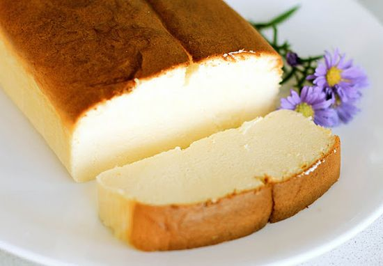 Japanese Cheesecake - looks like pound cake, tastes like cheesecake. This one goes in the 'to do' file. (and flour less = GLUTEN FREE!) what??