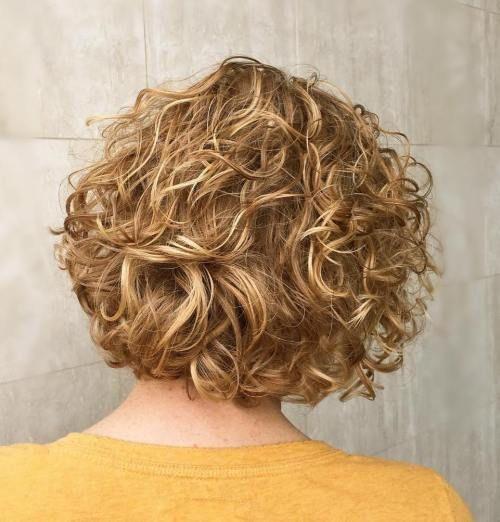 Frisuren für mollige frauen mit locken