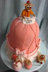 cinderella-dress-cake by Amanda Oakleaf Cakes, via Flickr