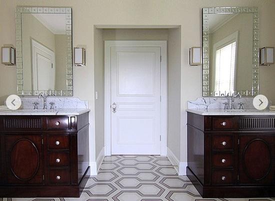 Andrew Howard's bathroom design