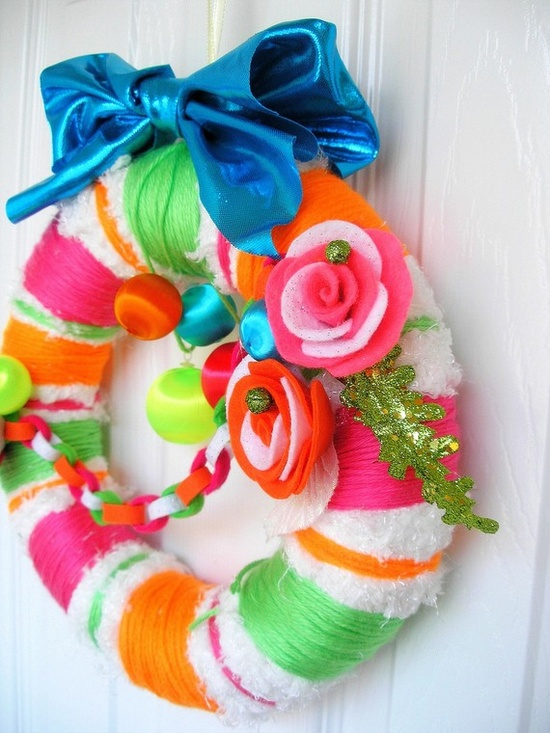 ...Candy Wreath  #wreath #DIY
