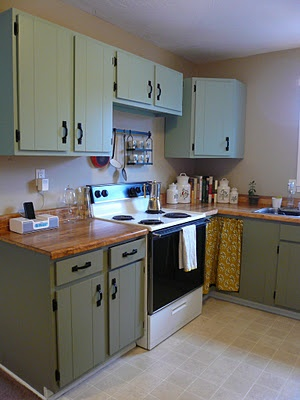 Decorating on a Dime: Before and After Kitchen