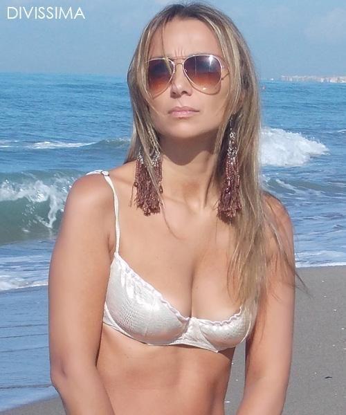 DIVISSIMA Bikini Contest, winner of this week is: Erika shop on line
