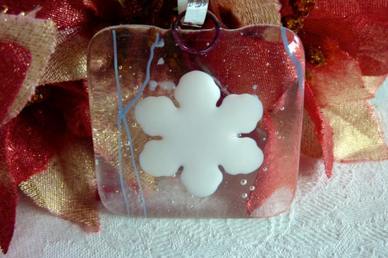 Snowflake Holiday Ornament $5.00 @BPR Designs #ornament #holiday #snowflake #glass #fused #handmade #christmas