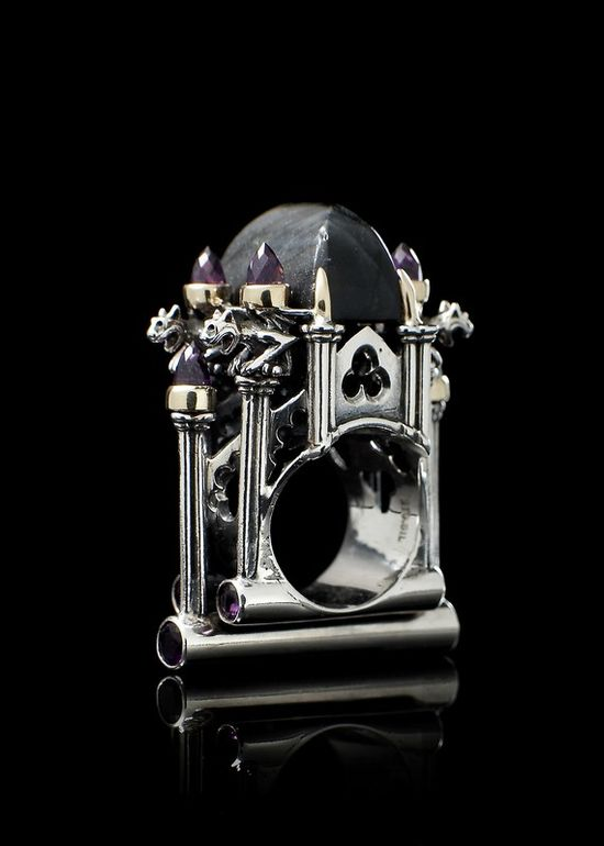 another beautiful medieval cathedral architectural style ring - labrodorite & amethyst in 9k gold & sterling silver...
