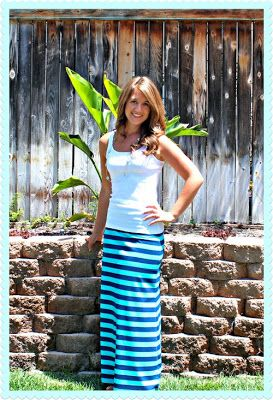 MAXI SKIRT TUTORIAL FREE! Love this!!! Pin then see it up then wear it lifetime! Love! I made a maxi skirt with this tutorial and it's super cute! Pin! You'll be so happy you did!
