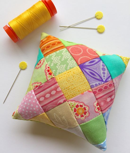 On Point Pincushion Tutorial – Monday Morning Designs