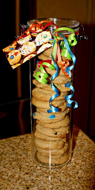 Teacher Gifts - Thanks for making us into such smart cookies! Cookies stacked in a spaghetti canister for teacher appreciation week.