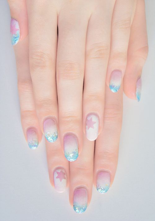 i did the nail art over the top of this manicure i had done about a week ago now! sorry my nails are a bit grown out >??