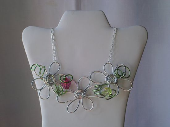 SIlver Free Form Wire Flower and Bead Necklace