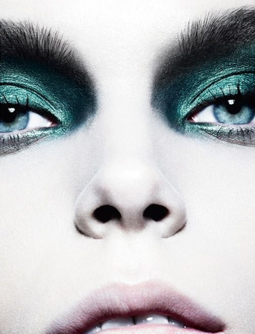 Green eyeshadow - White porcelain skin