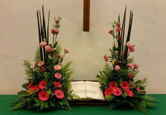 60 Emclc Church Altar Flower Arrangements Ideas In 2020 Altar Flowers Flower Arrangements Arrangement
