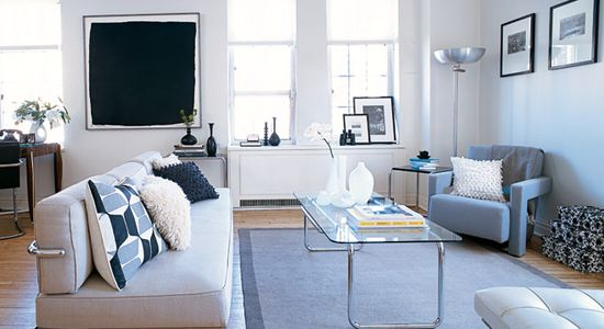 Gorgeous studio....good article by Elle Decor on design solutions for studio apartments...