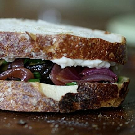 Healthy Lunch Recipes: Top 10 Sandwiches Under 300 Calories