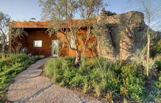The Joshua Tree Boulder House Design by Garett Carlson - Architecture & Interior Design Ideas and Online Archives