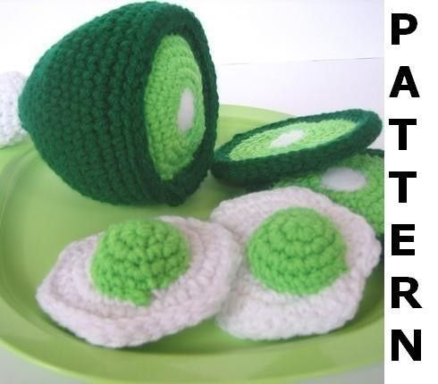 Play Food Crochet Pattern  Green Eggs and by CrochetNPlayDesigns, $4.00