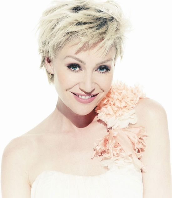 "Portia De Rossi ""I try to be feminine, yet intellectual and smart at the same time. You don't see enough of that."""