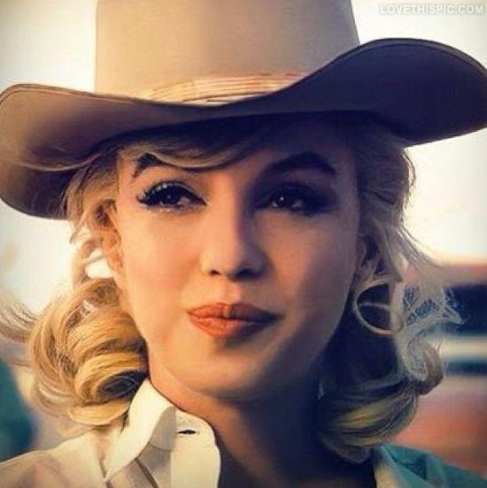 Country Girl Marilyn Monroe celebrities beautiful girl celebrity country