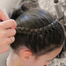 A simple 1-braid hairdo that looks complicated and very pretty.