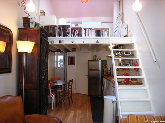studio Apartment - Rue Bachelet I'd love to have a studio like this.