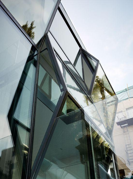 Flip House, San Francisco, CA // Fougeron Architecture, Photo: Joe Fletcher