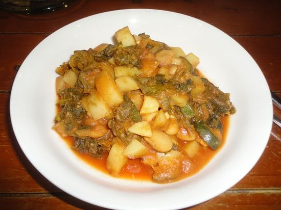 Vegans Eat Yummy Food Too!!!: Potato and kale stew