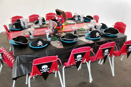 Table at a Pirate Party.  See more party ideas at CatchMyParty.com. #piratepartyideas