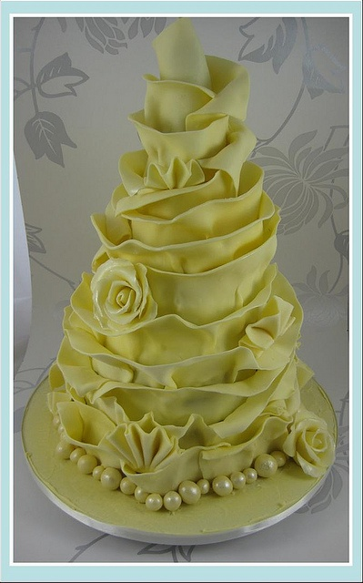 white chocolate wrap wedding cake 1 by Little miss fairy cake, via Flickr
