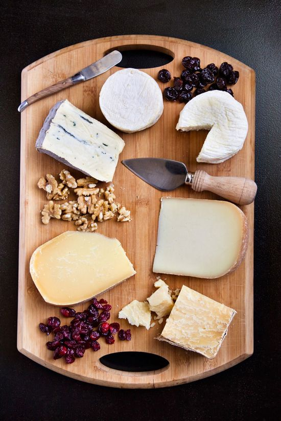 the six cheeses for the perfect cheese plate.