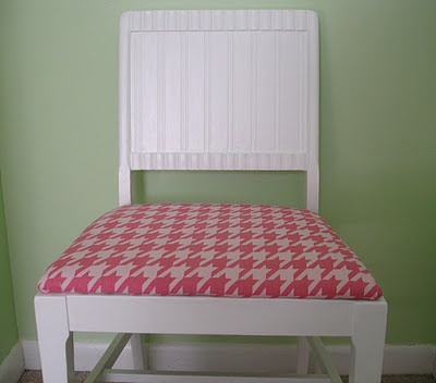 beadboard and houndstooth chair makeover (HoH85)