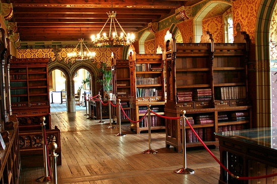 Cardiff Castle Library (Cardiff, Wales)