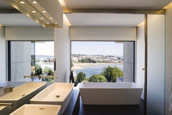 Bathroom Design by A cero Architects in Galicia