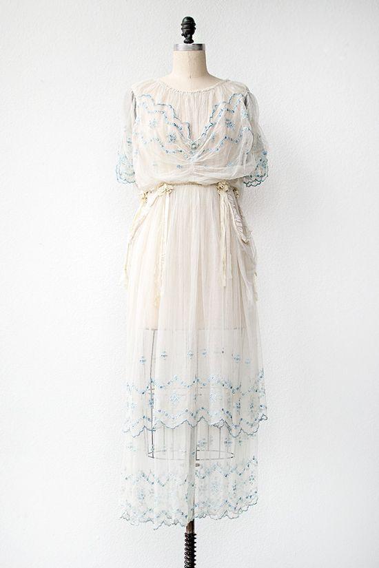 antique 1910s wedding dress