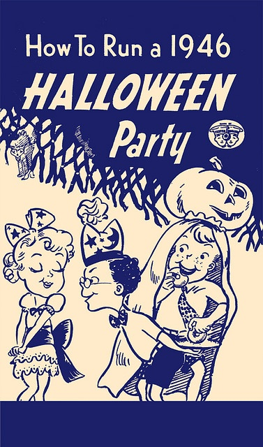 A charmingly illustrated vintage Halloween party idea booklet from 1946. #vintage #Halloween #1940s