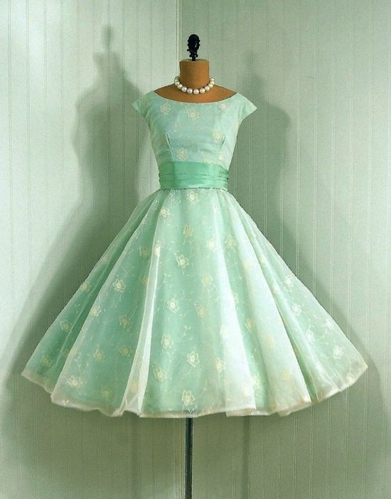 vintage 1950s dress.  The color is sooo pretty, very garden party.