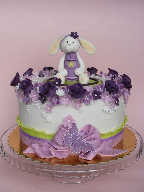 I love this Sweet Bunny Cake