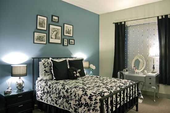 guest bedroom with a brighter teal