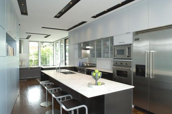Contemporary Home in East of Market, USA