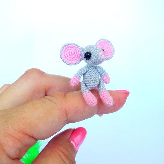Extremely tiny crochet toys / Миниатюрные вязаные игрушки
