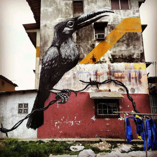 Animalistic Street Art - Reptiles, Birds and Rodents are the Focus of ROA's Brand New Street Art (GALLERY)