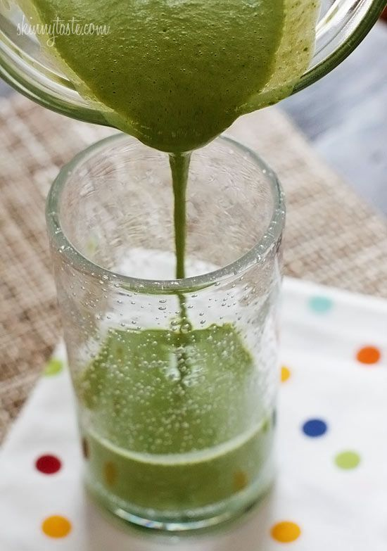 Skinny Green Monster Smoothie #smoothie #spinach #protein #healthy #lowfat #vegetarian #breakfast #snack