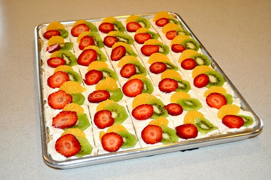 DIY: Fruit Pizza