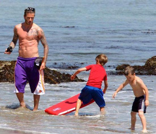 Celebrities Beckham  in the Beach...