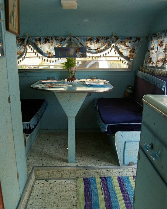 Cowgirl Caravan- Vintage Travel Trailer Tour - Photographs at onehorsephotograp...