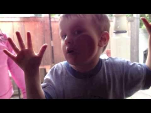 Cute Kids recreating Megamind Scene